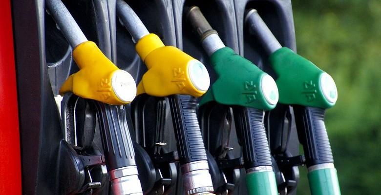 Flottes d'entreprise, le diesel perd de la vitesse face à l'essence